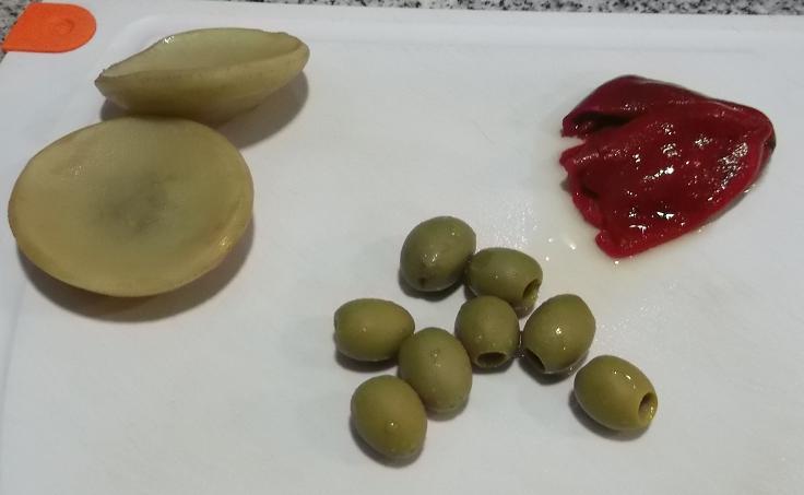 ingredientes-dip-alcachofa-pimiento-y-aceituna